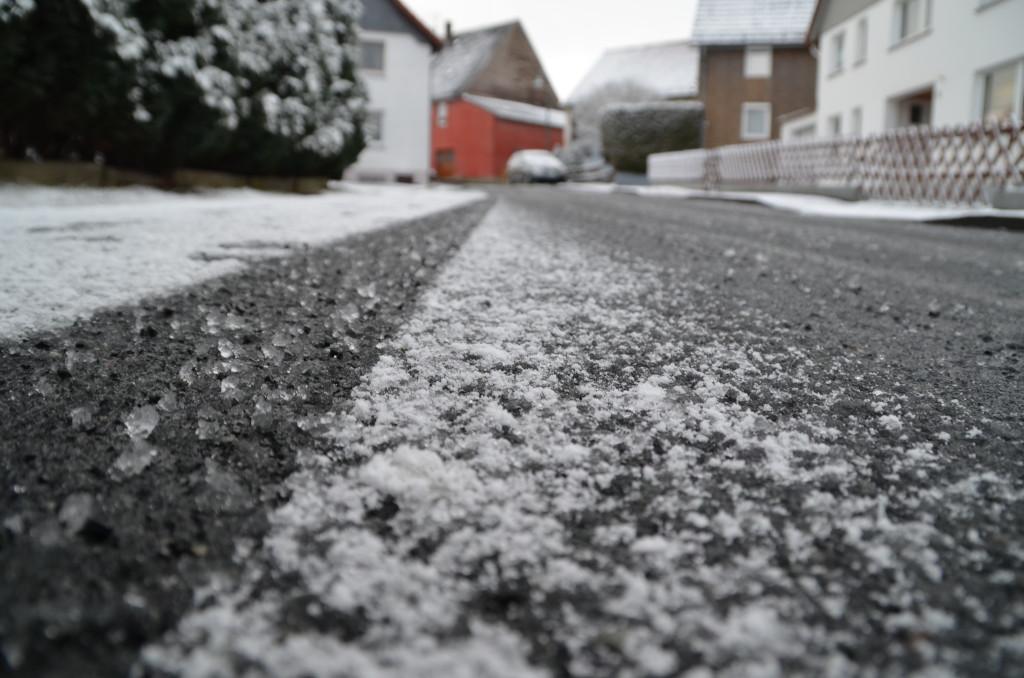 Glatte Straßen - ein Grund für Schulausfälle? © DT