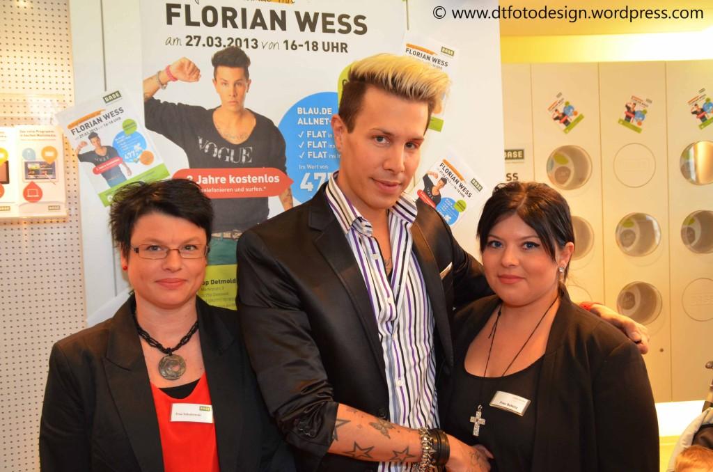 Florian Wess und die Shopmitarbeiter